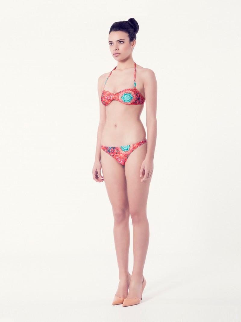 PERSICARIA Bikini básico – Vista normal – Estampado rojo – nadadora.com.es – swimwear
