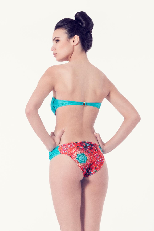 ACHILLEA Bikini tendencia – Vista trasera– Estampado rojo – nadadora.com.es – swimwear