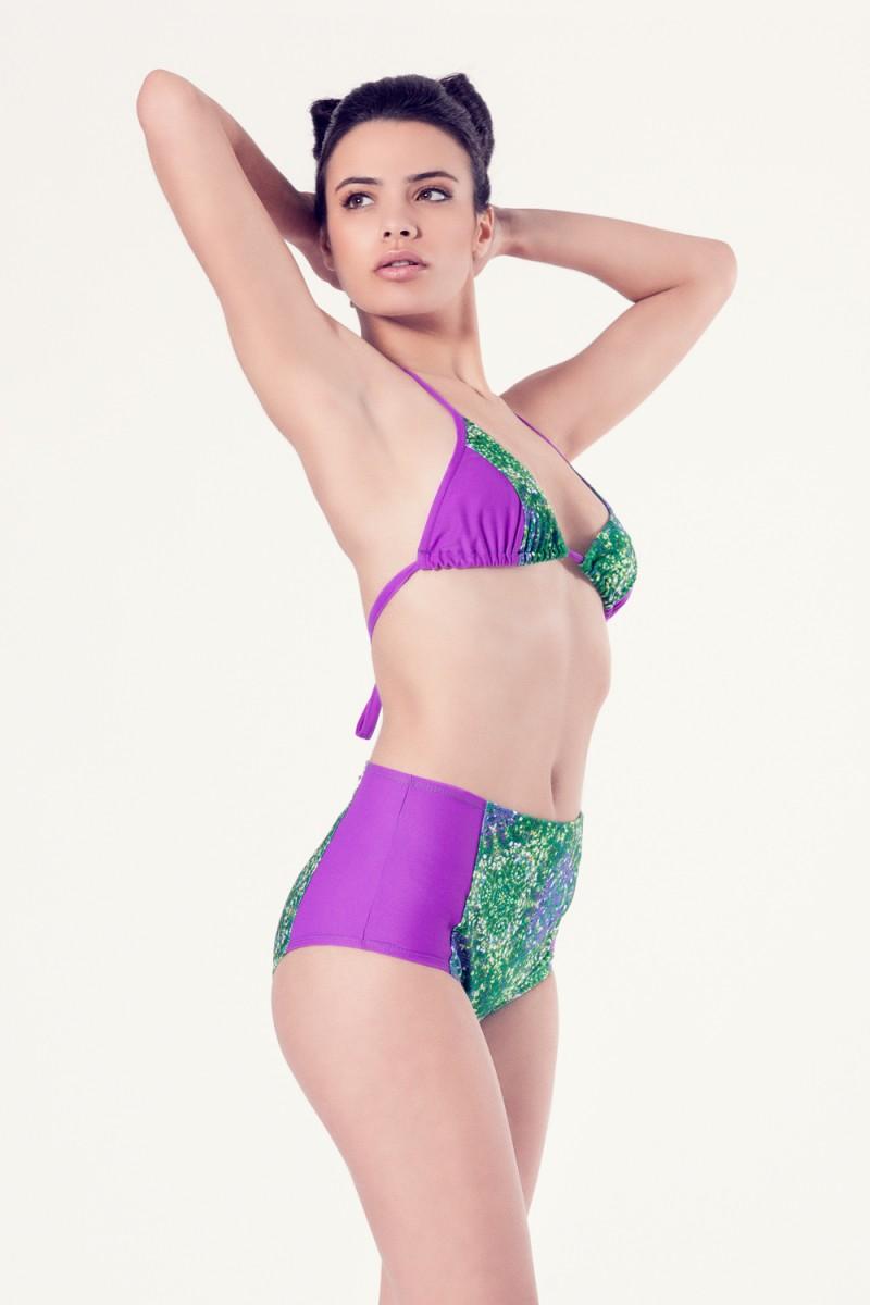 ALLIUM Bikini tendencia – Vista casual– Estampado verde – nadadora.com.es – swimwear