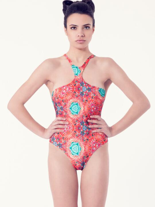 VIBORERA Bañador tendencia – Vista frontal– Estampado rojo – nadadora.com.es – swimwear