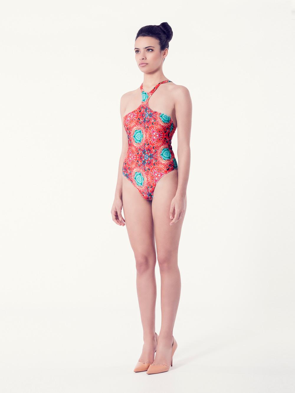 VIBORERA Bañador tendencia – Vista normal– Estampado rojo – nadadora.com.es – swimwear