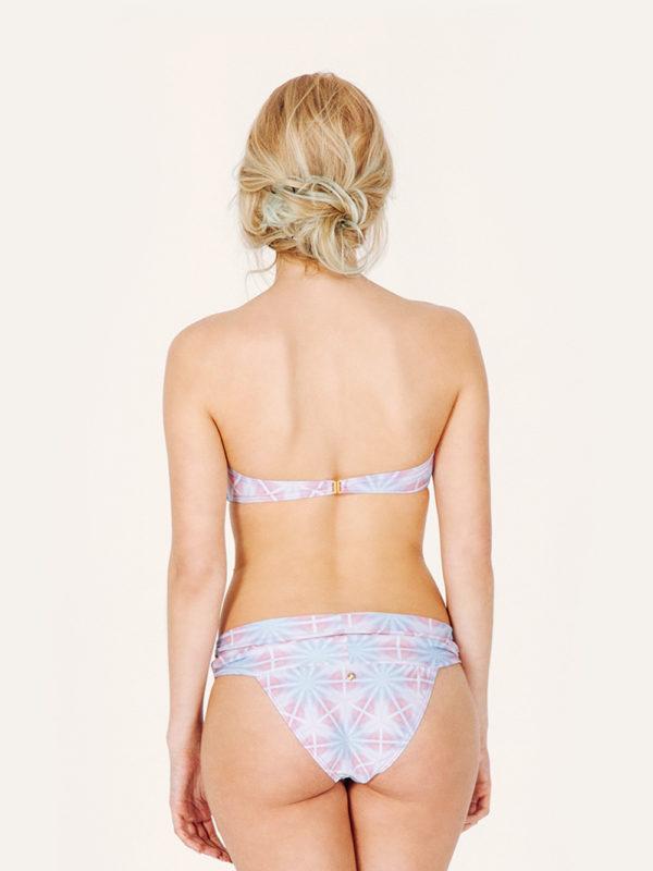 IRIS Bikini tendencia – Espalda – Estampado AZUL/ROSA – nadadora.com.es – swimwear