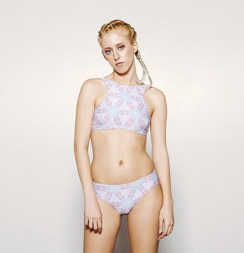 AURORA Bikini deportivo – Frontal – Estampado AZUL/ROSA – nadadora.com.es – swimwear
