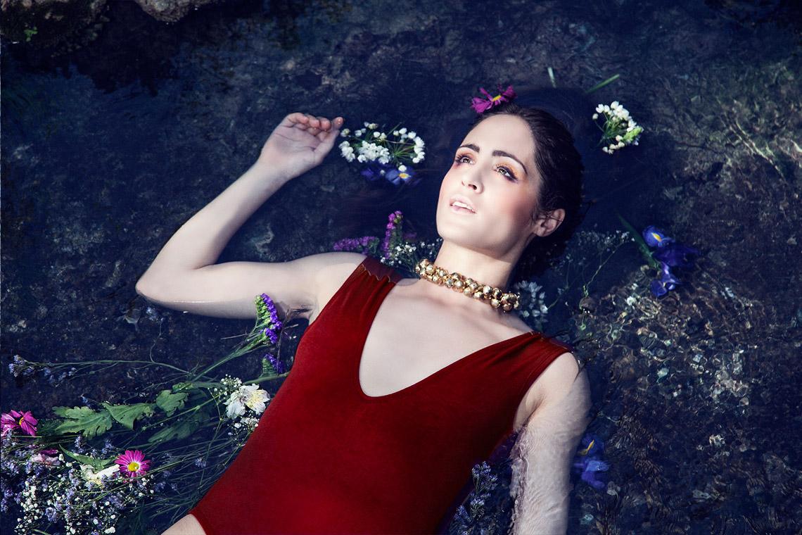 12editorial ophrylia nadadora CAMPANULA | nadadora.com.es